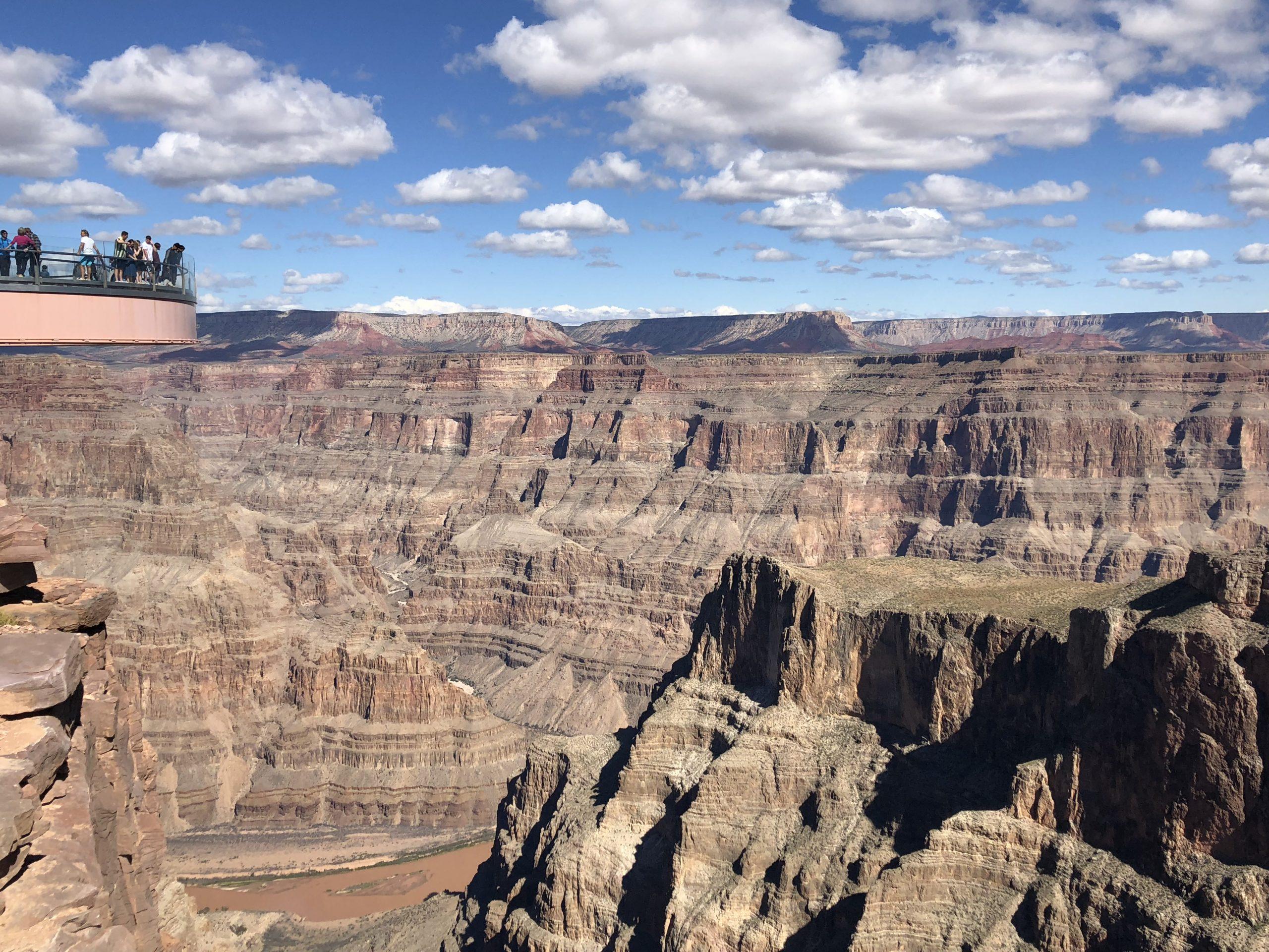 العلامة Grand Canyon Skywalk Near Las Vegas أفضل الصور